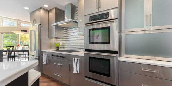 stainless-steel-style-cabinets-appliances-modern-kitchen