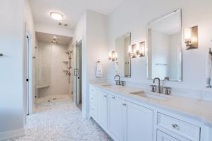 lakeside-semi-custom-home-master-bath